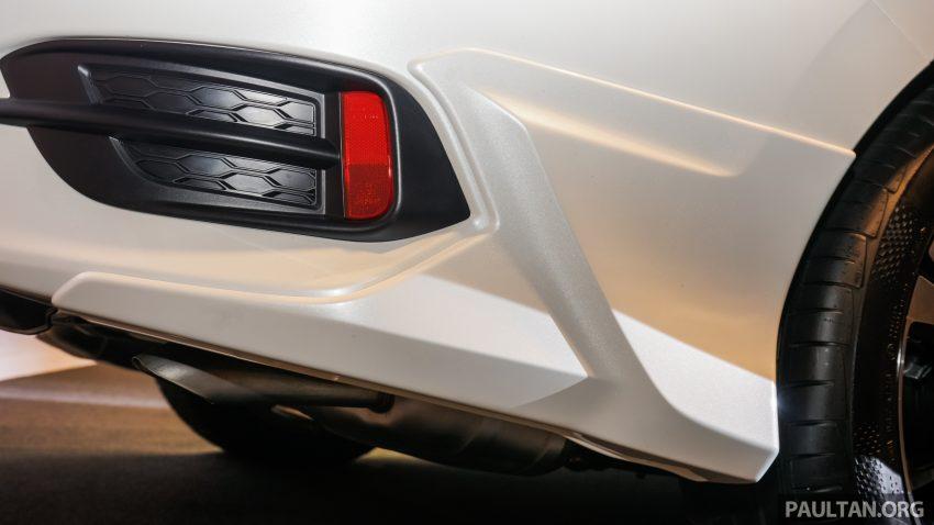 Honda Civic 2016 dilancarkan di M'sia – 1.8L dan 1.5L VTEC Turbo; tiga varian dan harga bermula RM111k Image #506229