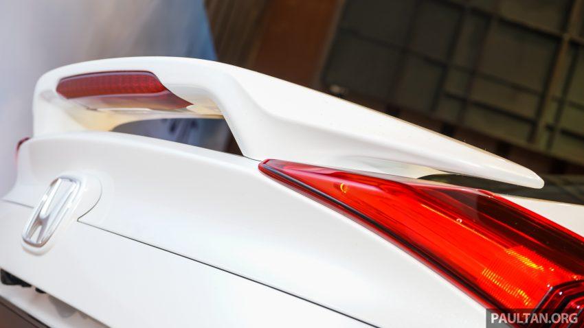 Honda Civic 2016 dilancarkan di M'sia – 1.8L dan 1.5L VTEC Turbo; tiga varian dan harga bermula RM111k Image #506227