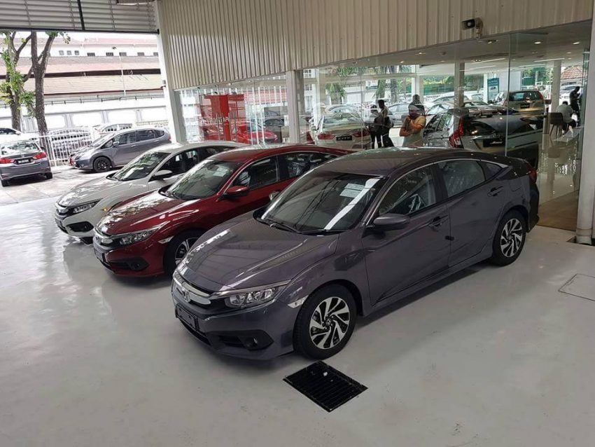 2016 Honda Civic spotted in Malaysian showrooms Image #504539