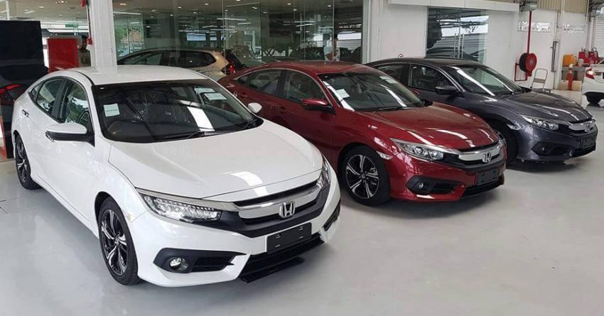 Honda Civic 2016 New xuất hiện tại showroom ở nước bạn 2016 Honda Civic in showroom 4 e1465288832804