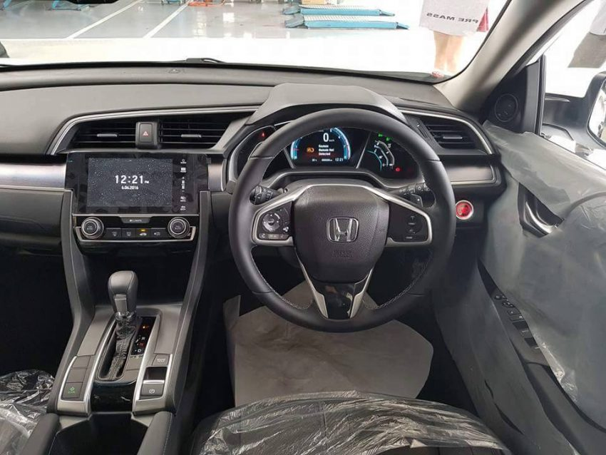 2016 Honda Civic spotted in Malaysian showrooms Image #504545