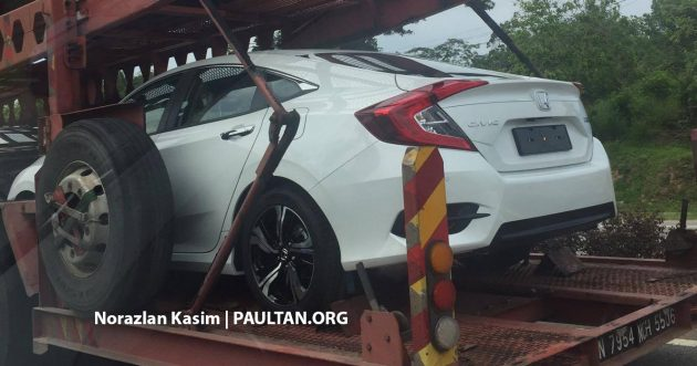 2016 Honda Civic spotted trailer 2
