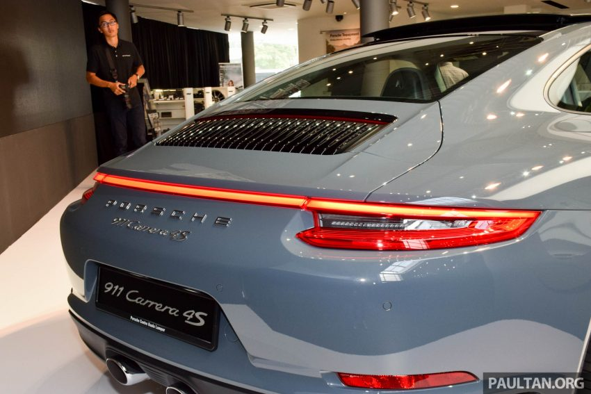 Porsche 911 facelift launched – Carrera, Carrera S and Carrera 4S, new 3.0 litre turbo flat-six, from RM870k Image #509965