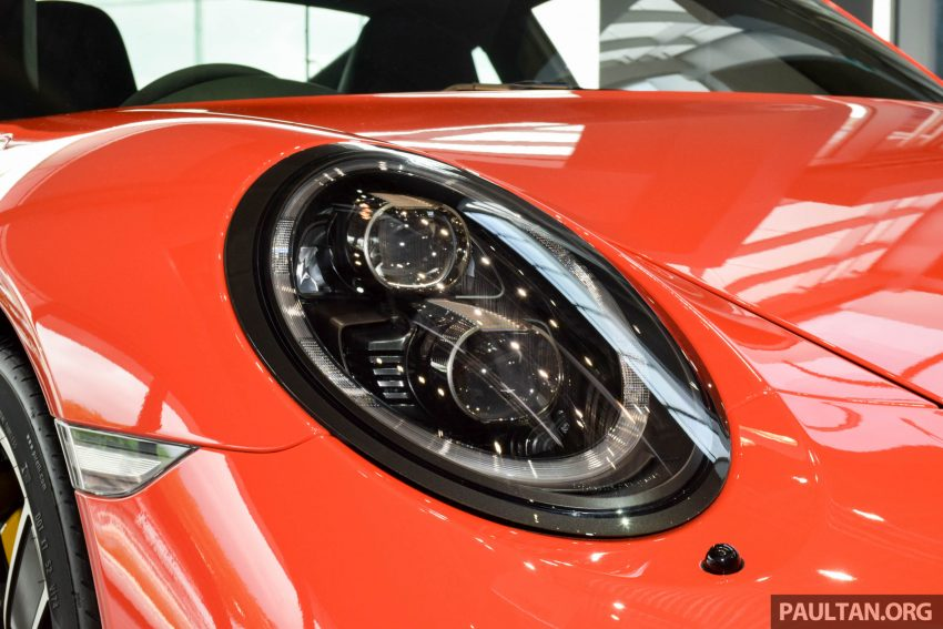 Porsche 911 facelift launched – Carrera, Carrera S and Carrera 4S, new 3.0 litre turbo flat-six, from RM870k Image #510021