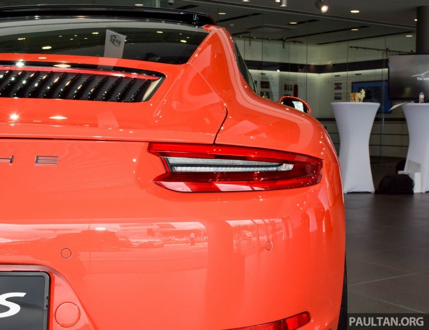 Porsche 911 facelift launched – Carrera, Carrera S and Carrera 4S, new 3.0 litre turbo flat-six, from RM870k Image #510027