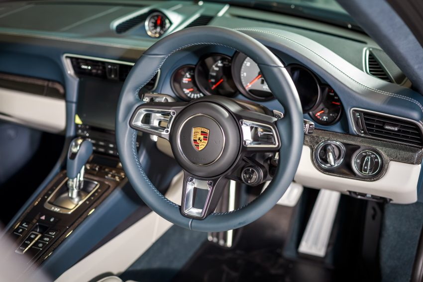 Porsche 911 facelift launched – Carrera, Carrera S and Carrera 4S, new 3.0 litre turbo flat-six, from RM870k Image #509660