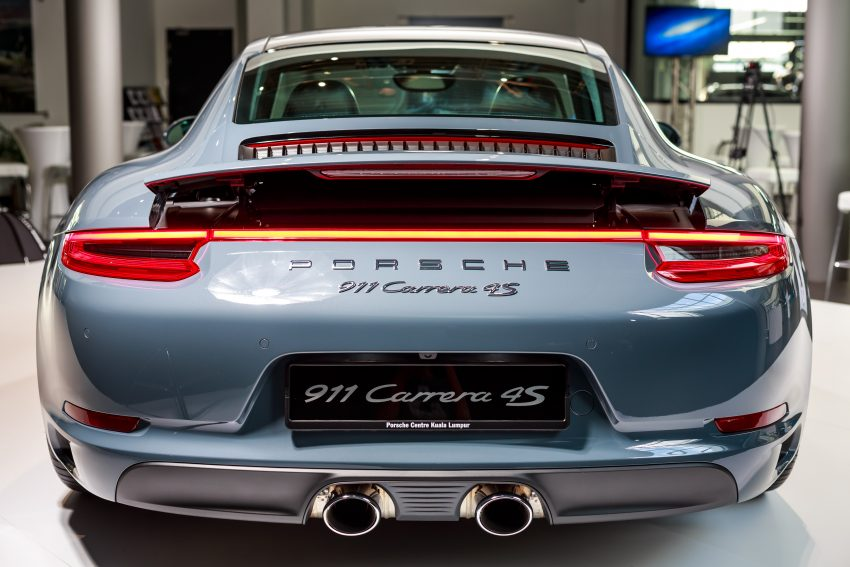 Porsche 911 facelift launched – Carrera, Carrera S and Carrera 4S, new 3.0 litre turbo flat-six, from RM870k Image #509670