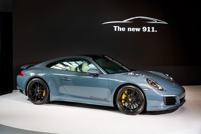 Porsche 911 Facelift Launched Carrera Carrera S And