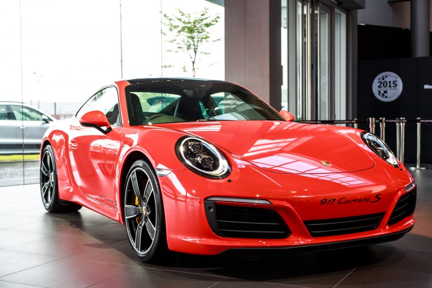 Porsche 911 facelift launched – Carrera, Carrera S and Carrera 4S, new 3.0 litre turbo flat-six, from RM870k Image #509682