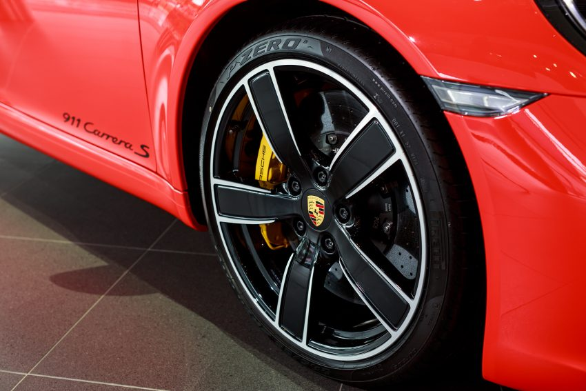 Porsche 911 facelift launched – Carrera, Carrera S and Carrera 4S, new 3.0 litre turbo flat-six, from RM870k Image #509683