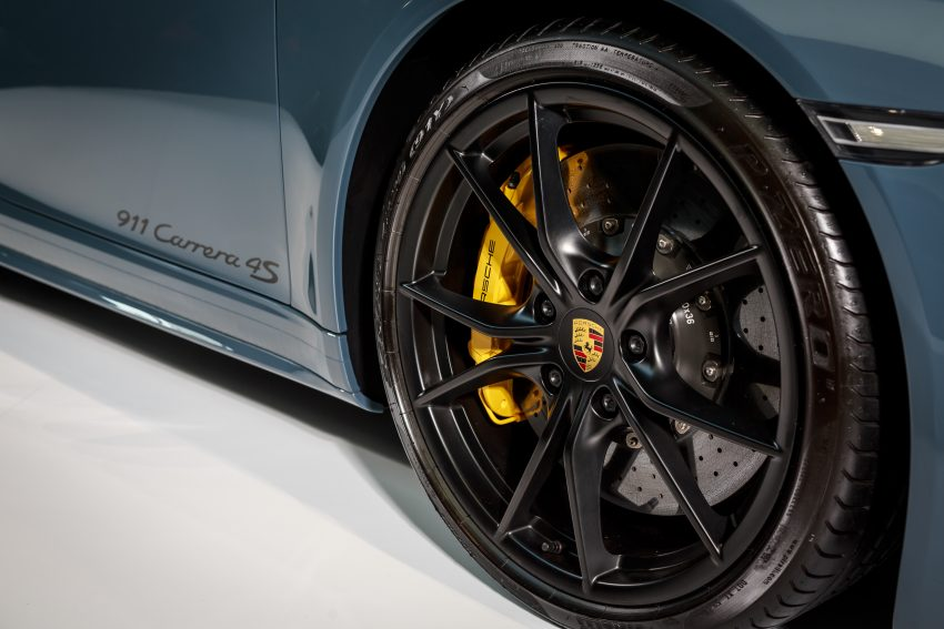 Porsche 911 facelift launched – Carrera, Carrera S and Carrera 4S, new 3.0 litre turbo flat-six, from RM870k Image #509651