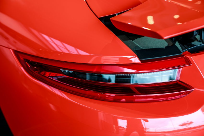 Porsche 911 facelift launched – Carrera, Carrera S and Carrera 4S, new 3.0 litre turbo flat-six, from RM870k Image #509688
