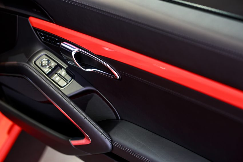 Porsche 911 facelift launched – Carrera, Carrera S and Carrera 4S, new 3.0 litre turbo flat-six, from RM870k Image #509689