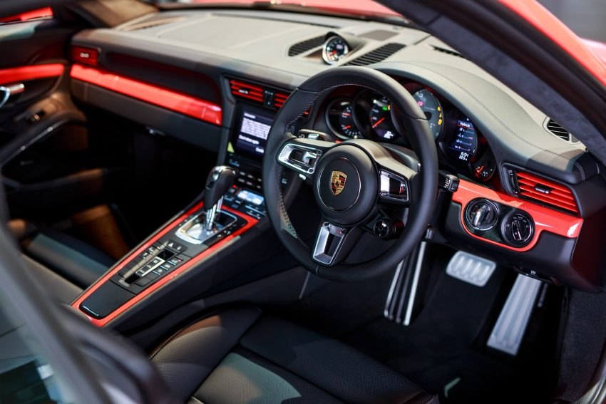 Porsche 911 facelift launched – Carrera, Carrera S and Carrera 4S, new 3.0 litre turbo flat-six, from RM870k Image #509690