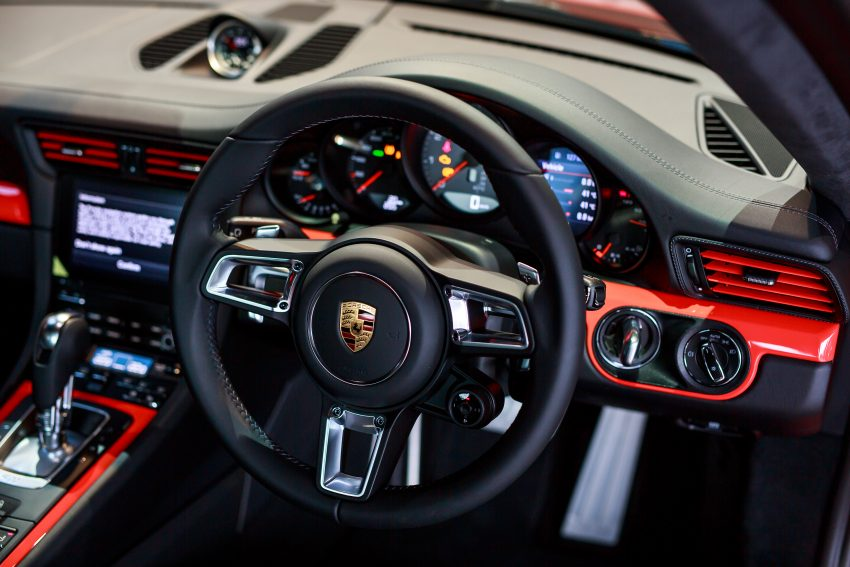 Porsche 911 facelift launched – Carrera, Carrera S and Carrera 4S, new 3.0 litre turbo flat-six, from RM870k Image #509691