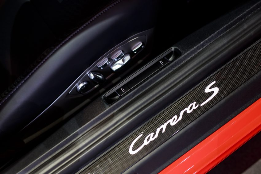 Porsche 911 facelift launched – Carrera, Carrera S and Carrera 4S, new 3.0 litre turbo flat-six, from RM870k Image #509693
