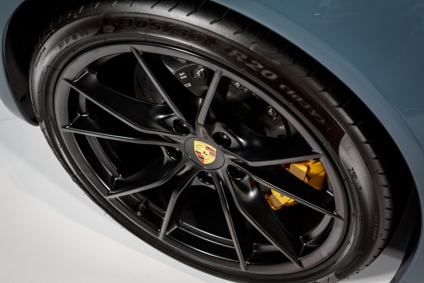 Porsche 911 facelift launched – Carrera, Carrera S and Carrera 4S, new 3.0 litre turbo flat-six, from RM870k Image #509654