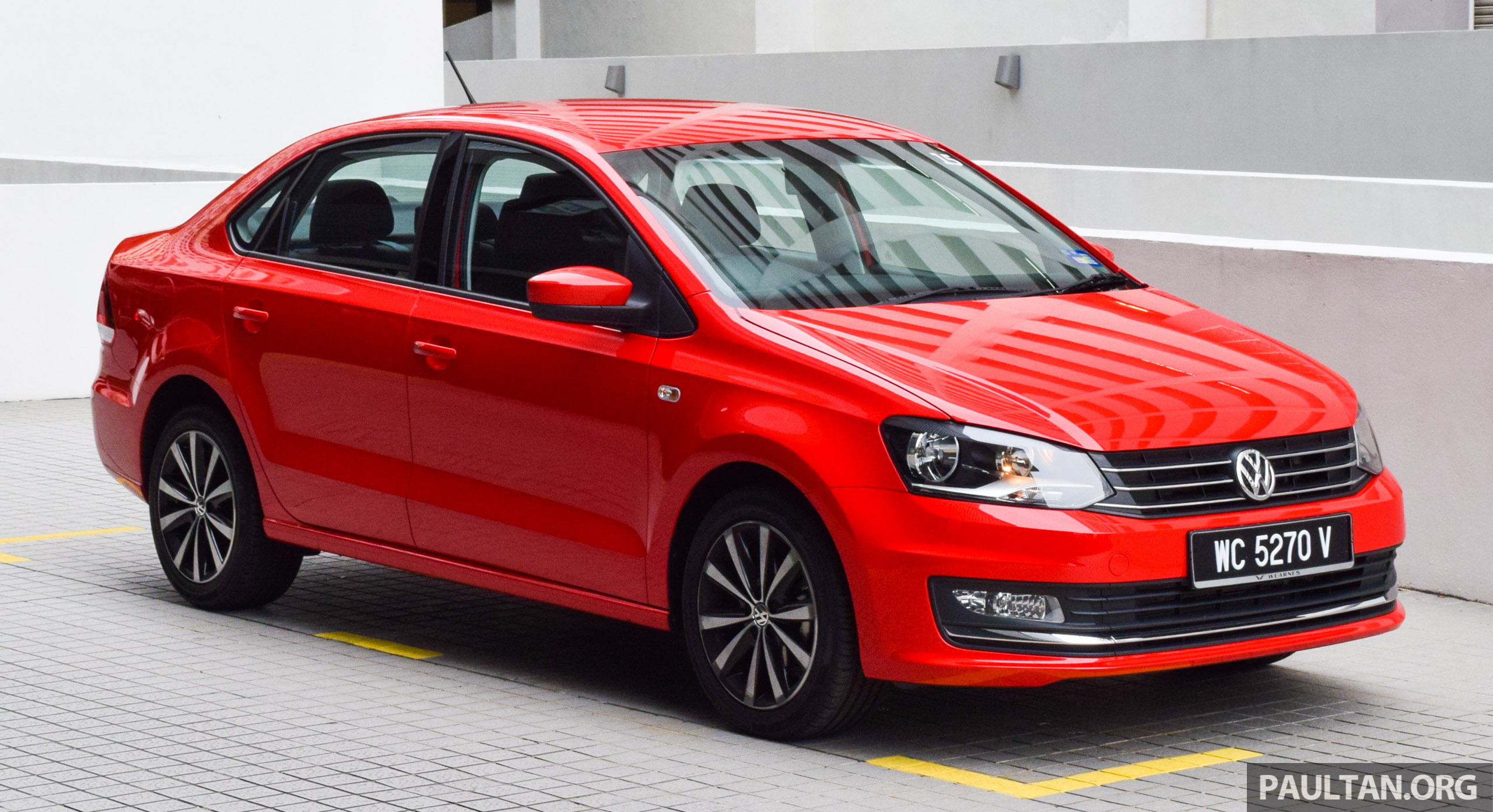 driven 2016 volkswagen vento 1 2 tsi highline. Black Bedroom Furniture Sets. Home Design Ideas