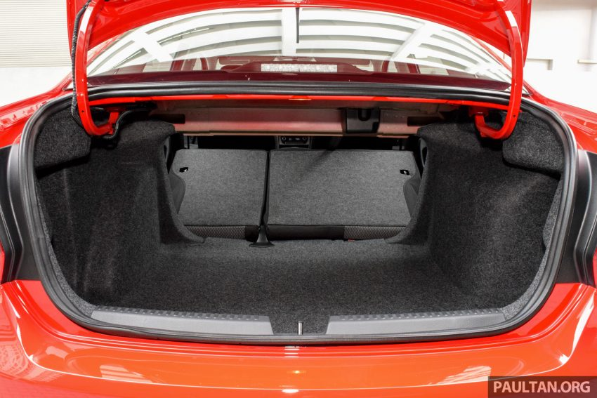 DRIVEN: 2016 Volkswagen Vento 1.2 TSI Highline Image #511645