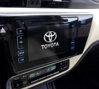 2017 Toyota Corolla facelift 8