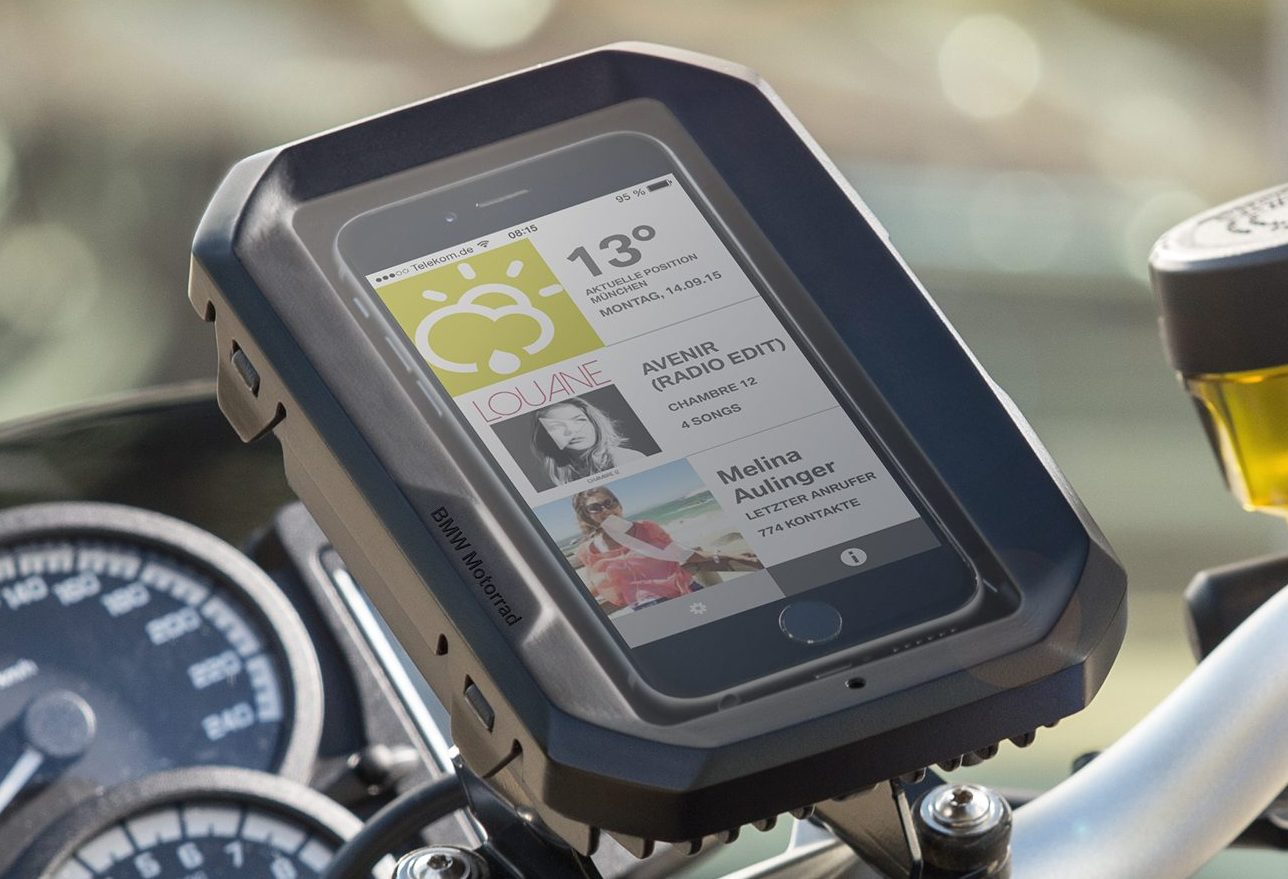 bmw motorrad smartphone cradle only 195 euro. Black Bedroom Furniture Sets. Home Design Ideas