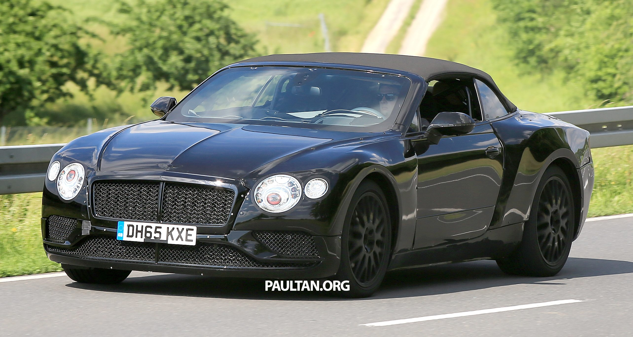 2018 bentley continental gtc spied testing msb platform. Black Bedroom Furniture Sets. Home Design Ideas