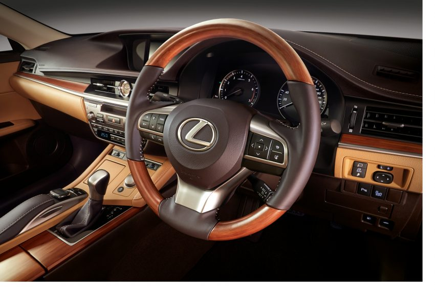 Lexus Malaysia introduces limited-edition ES250 Luxury – two exclusive colours, only 50 units Image #507281
