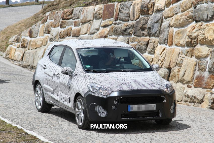 SPIED: 2017 Ford Fiesta caught in production body Image #505256