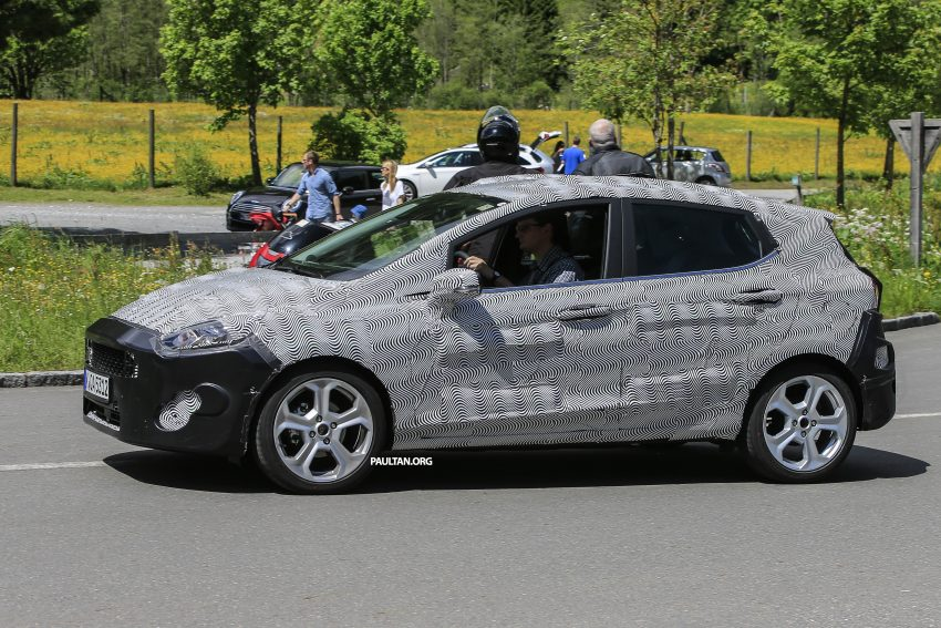 SPIED: 2017 Ford Fiesta caught in production body Image #504730
