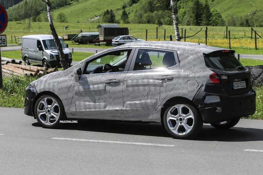 SPIED: 2017 Ford Fiesta caught in production body Image #504733