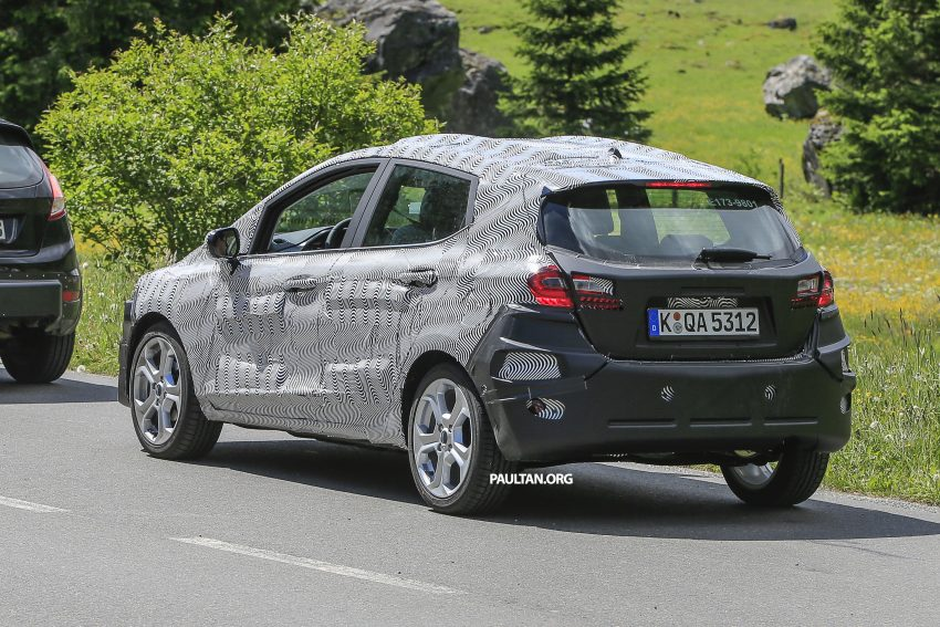 SPIED: 2017 Ford Fiesta caught in production body Image #504735