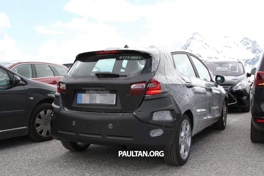 SPIED: 2017 Ford Fiesta caught in production body Image #505239