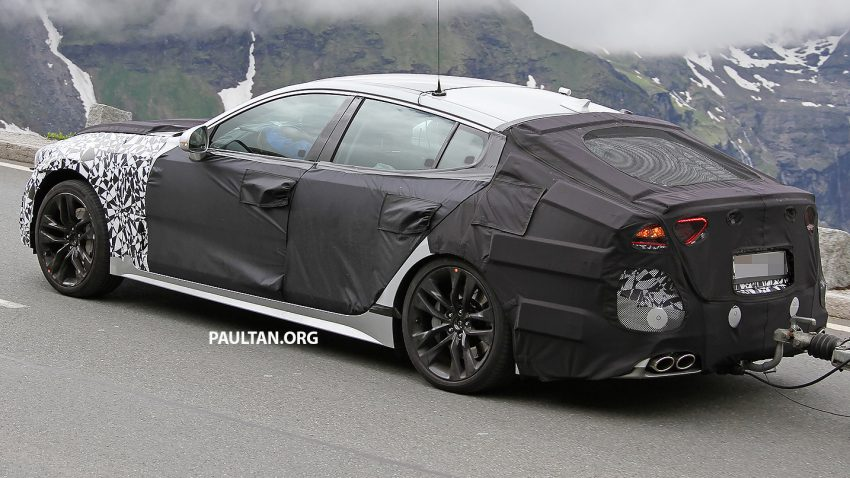 SPYSHOTS: Kia GT reveals some more of its curves Image #508784
