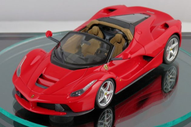 LaFerrari Spider scaled 4