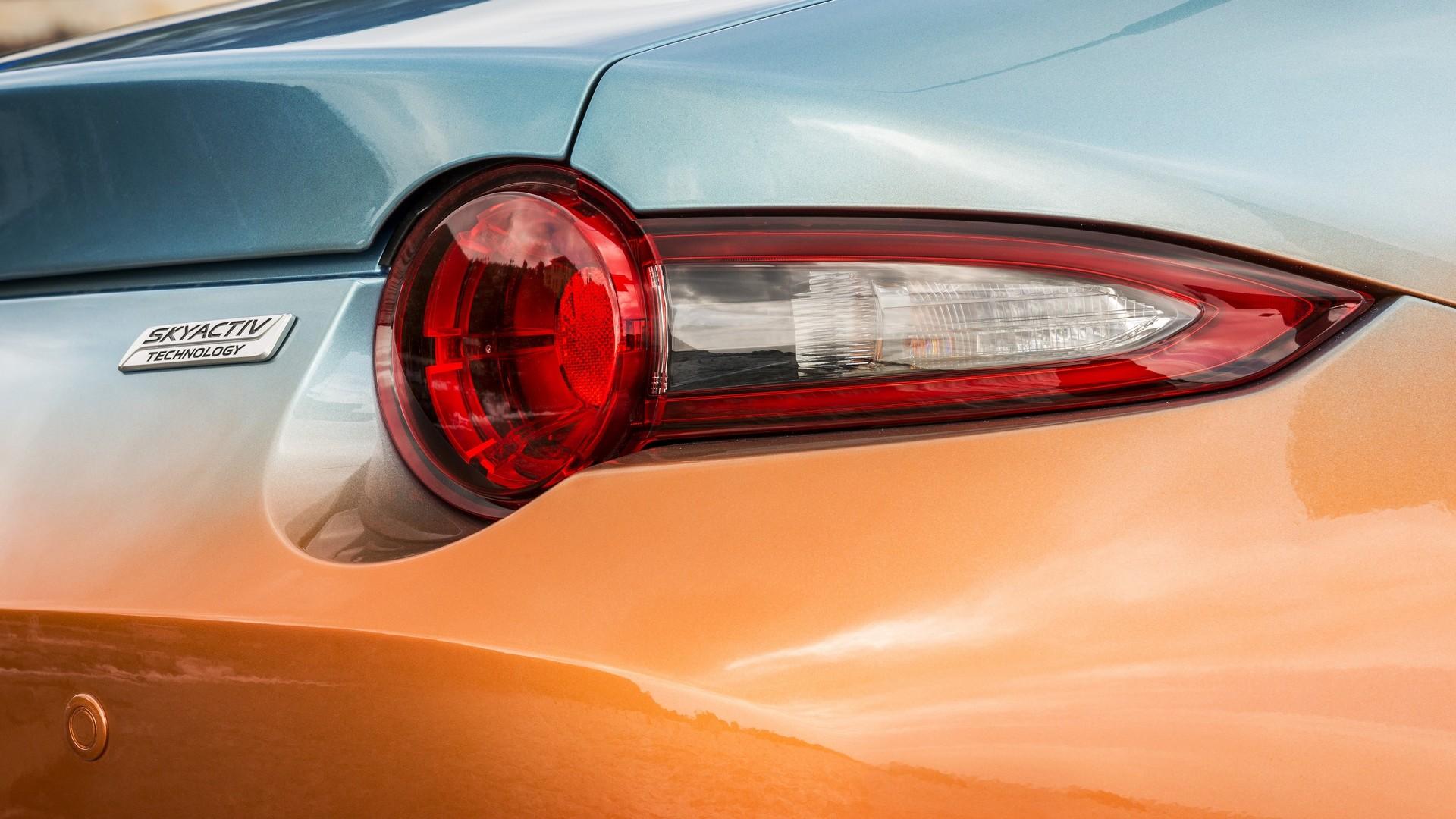 Mazda MX-5 Levanto – one-off roadster; denim interior Paul ...