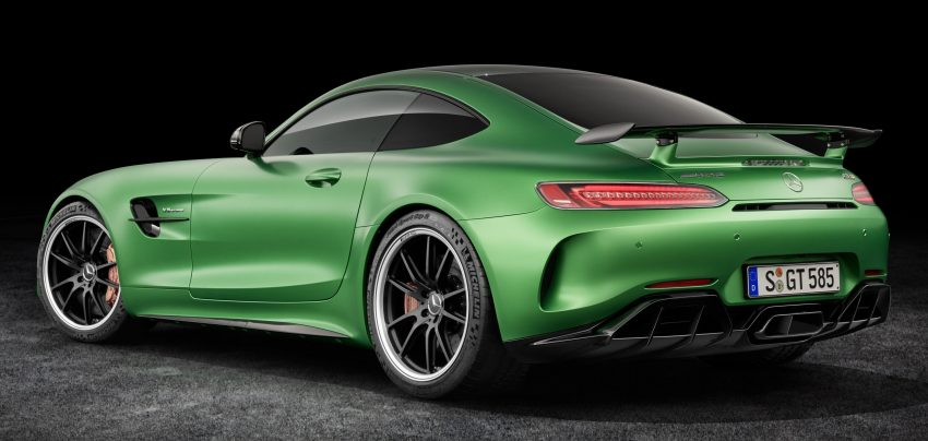 Mercedes-AMG GT R revealed – 577 hp and 699 Nm Image #512636