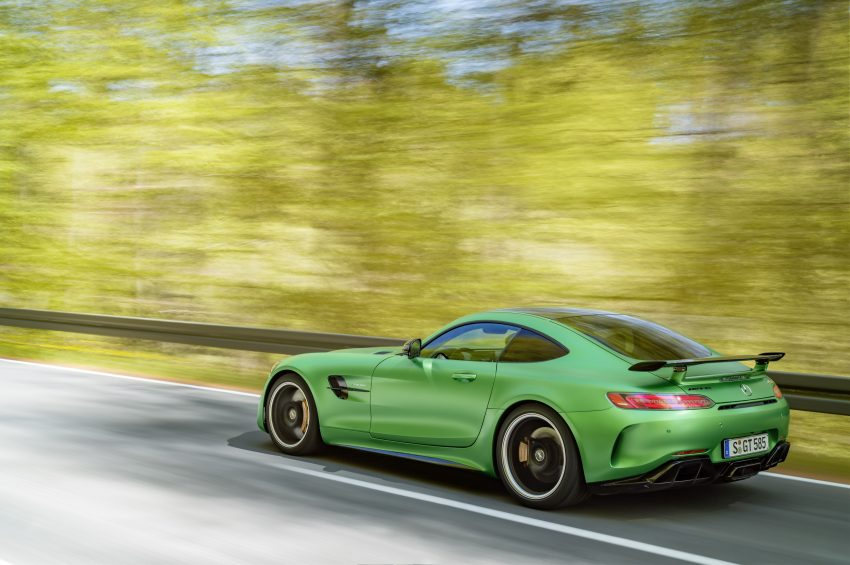Mercedes-AMG GT R revealed – 577 hp and 699 Nm Image #512668
