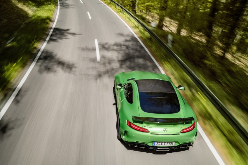 Mercedes-AMG GT R revealed – 577 hp and 699 Nm Image #512670