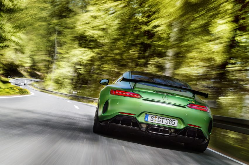 Mercedes-AMG GT R revealed – 577 hp and 699 Nm Image #512671