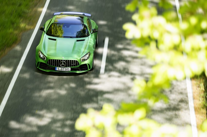 Mercedes-AMG GT R revealed – 577 hp and 699 Nm Image #512672