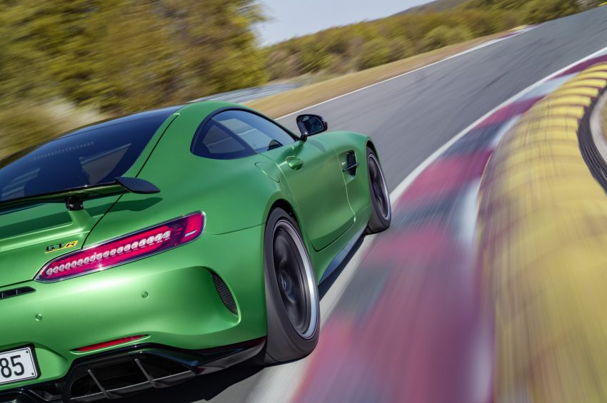 Mercedes-AMG GT R revealed – 577 hp and 699 Nm Image #512676