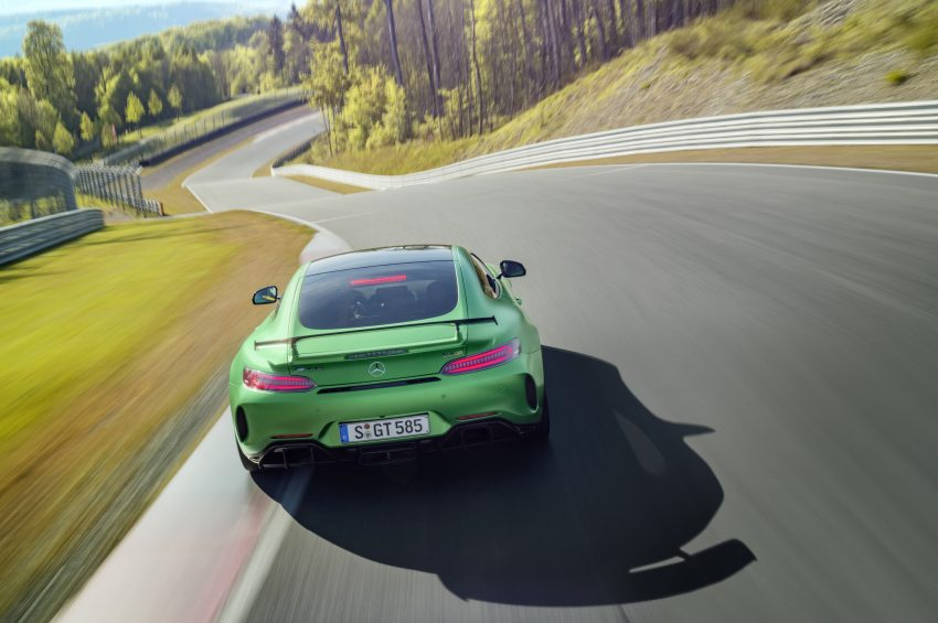 Mercedes-AMG GT R revealed – 577 hp and 699 Nm Image #512678
