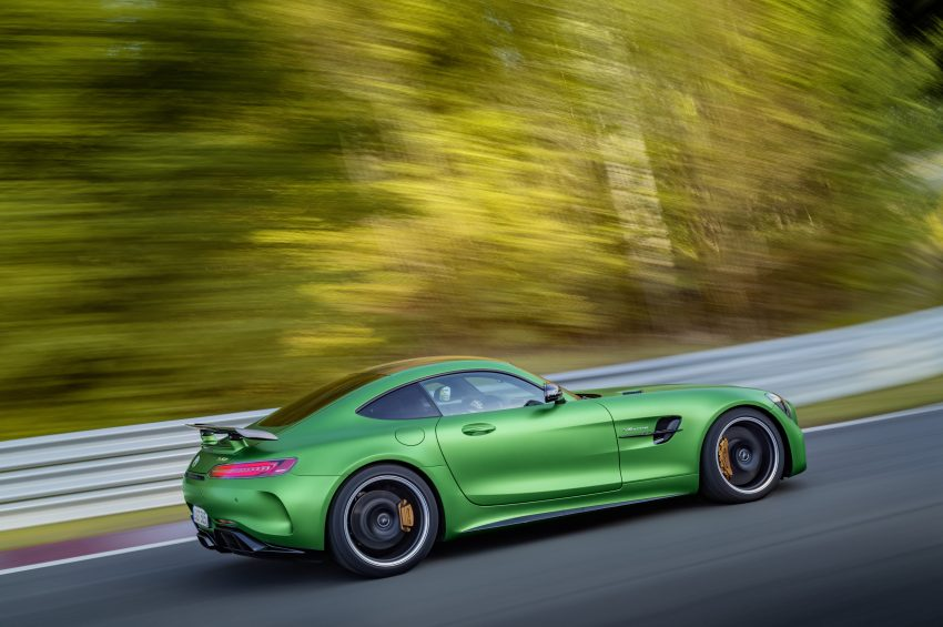 Mercedes-AMG GT R revealed – 577 hp and 699 Nm Image #512679