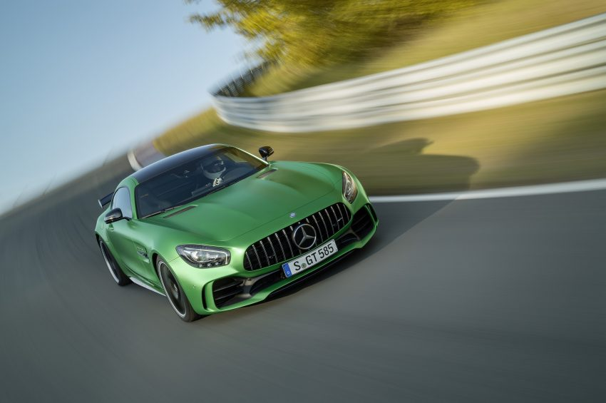 Mercedes-AMG GT R revealed – 577 hp and 699 Nm Image #512680