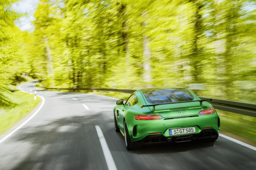 Mercedes-AMG GT R revealed – 577 hp and 699 Nm Image #512685
