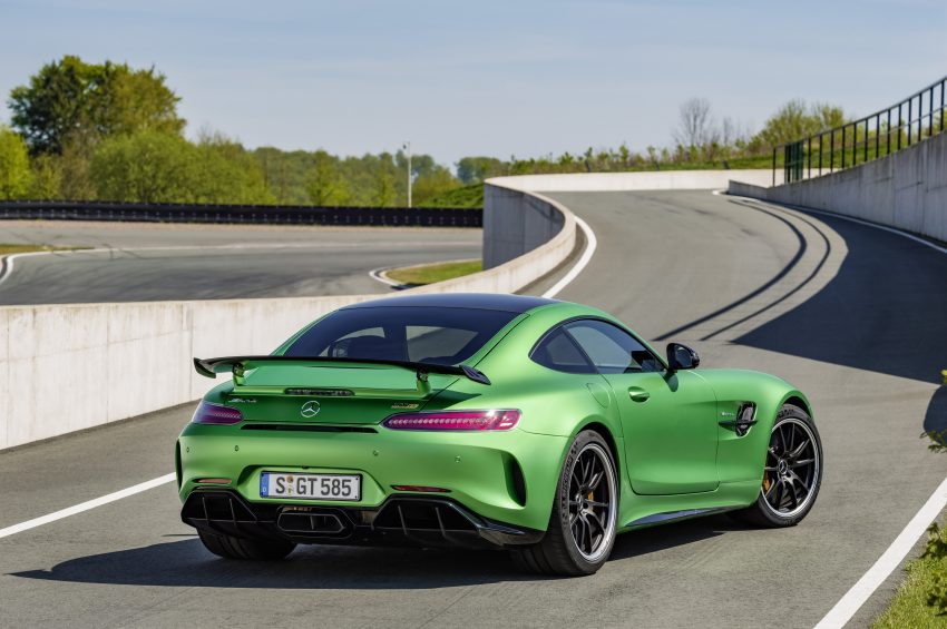 Mercedes-AMG GT R revealed – 577 hp and 699 Nm Image #512686