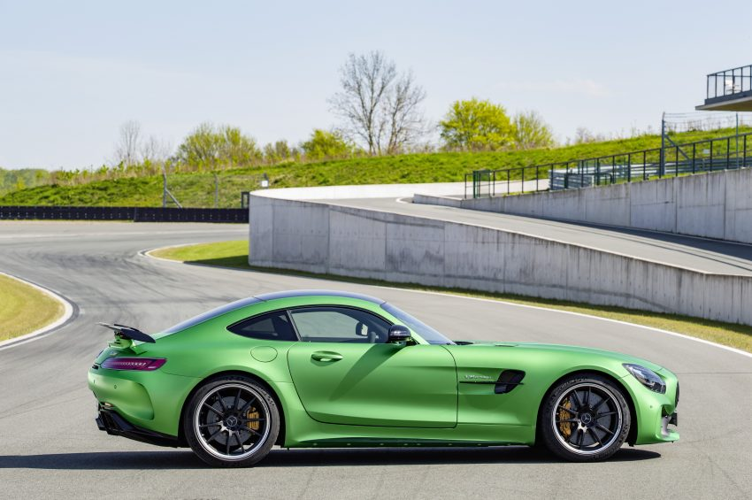 Mercedes-AMG GT R revealed – 577 hp and 699 Nm Image #512691
