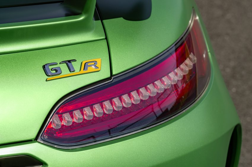 Mercedes-AMG GT R revealed – 577 hp and 699 Nm Image #512694