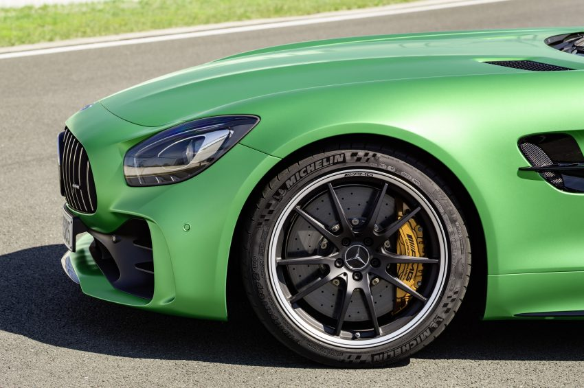 Mercedes-AMG GT R revealed – 577 hp and 699 Nm Image #512695