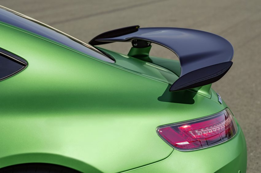 Mercedes-AMG GT R revealed – 577 hp and 699 Nm Image #512696